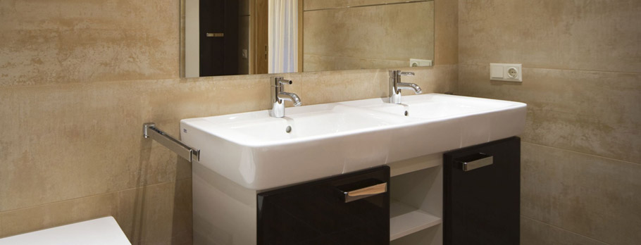 BATHROOM REMODELING & CONSTRUCTION